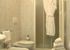 Jole - Cesenatico - Bathroom