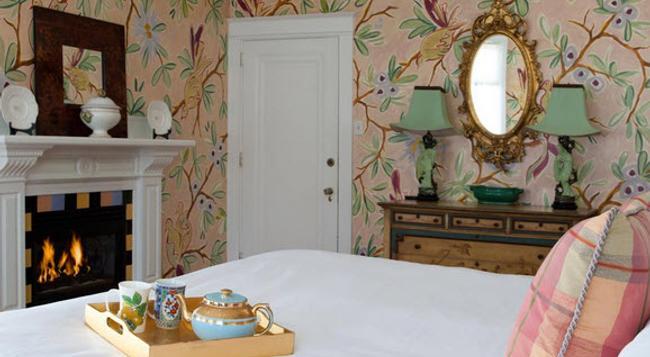 Pomegranate Inn - Portland - Bedroom