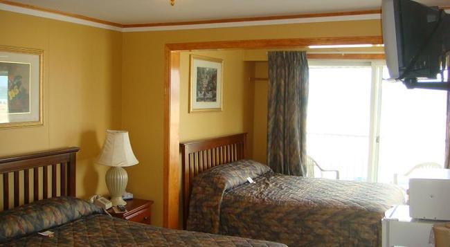 Moulton Hotel - Hampton - Bedroom