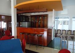 Palm Grove Holiday Inn - Arugam - Bar