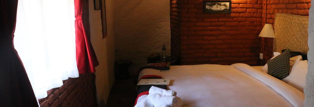 Hira Guest House - Lalitpur - Bedroom