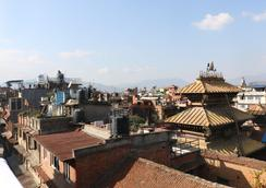 Hira Guest House - Lalitpur - Outdoor view