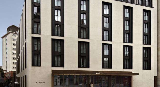 Bulgari Hotels London - London - Building