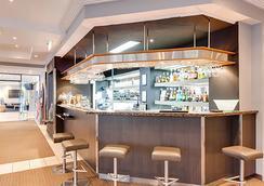Adina Apartment Hotel Brisbane - Brisbane - Bar