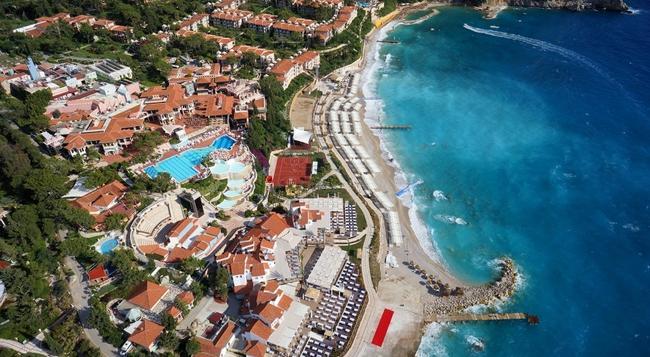 Liberty Hotels Lykia - Fethiye - Building