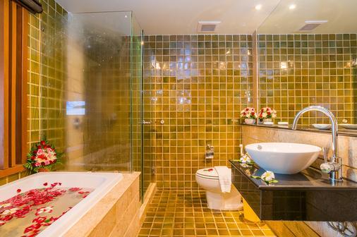 The Royal Paradise Hotel & Spa - Patong - Bathroom