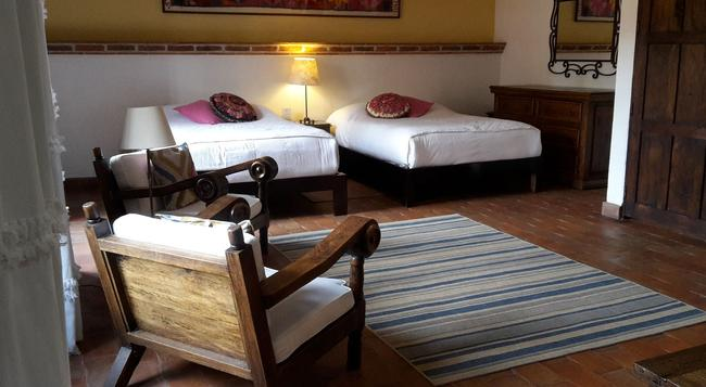 Hotel Casa Correo - San Miguel de Allende - Bedroom