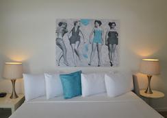 Aqua A North Beach Village Resort Hotel - Fort Lauderdale - Bedroom