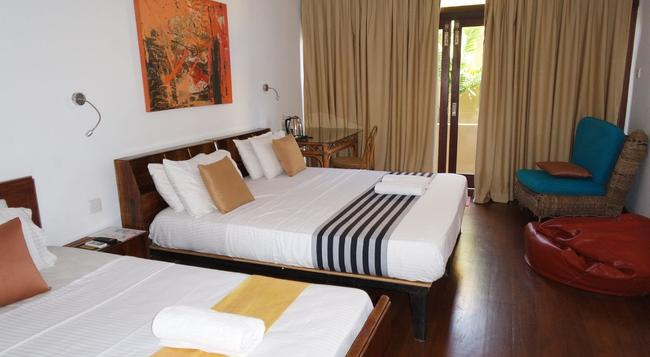 Colpetty House - Colombo - Bedroom