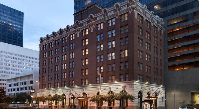 The Whitney Hotel - New Orleans - Building