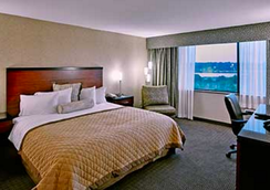 Wyndham Garden Hotel Philadelphia Airport - Essington - Bedroom