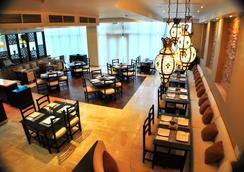 Canvas Hotel Shymkent - Shymkent - Restaurant