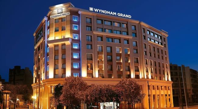 Wyndham Grand Athens - Athens - Building