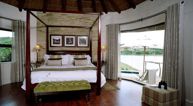 Pumba Private Game Reserve - Grahamstown - Bedroom