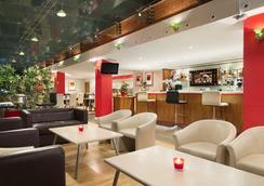 Ramada Hounslow - Heathrow East - Hounslow - Lounge