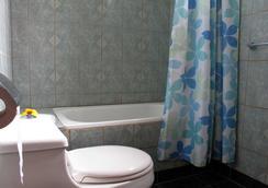 Hotel Orongo - Hanga Roa - Bathroom