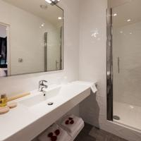 Midnight Hôtel Paris Bathroom