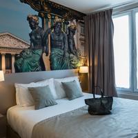 Midnight Hôtel Paris Guestroom