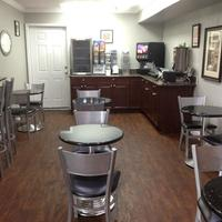 Destin Inn and Suites Breakfast Area