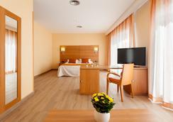 Hotel Pi-Mar - Blanes - Bedroom