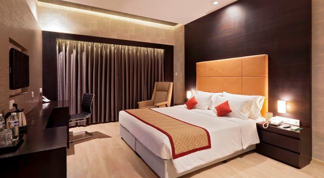Hotel Panchshil - Kolhapur - Bedroom