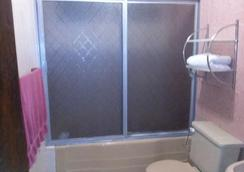Econosuites Monterrey - Monterrey - Bathroom