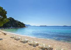 Aminess Grand Azur Hotel - Orebic - Beach