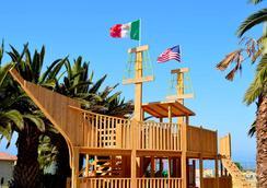 Puerto Nuevo Baja Hotel & Villas - Rosarito - Attractions