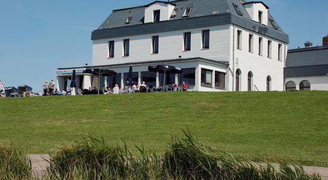 Strandhotel Dagebüll - Dagebüll - Building