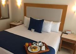 Grand Park Royal Cozumel - Cozumel - Bedroom