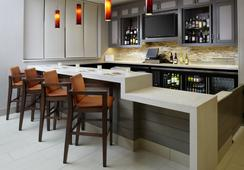 Hyatt House Raleigh North Hills - Raleigh - Bar