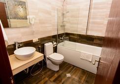 River Side Hotel - Tbilisi - Bathroom