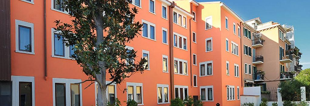 Hotel Carnival Palace - Venice - Building