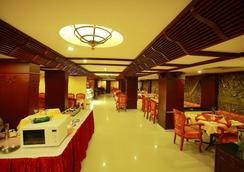 Westway Hotel - Kozhikode - Restaurant