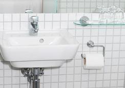 Prince William Hotel - London - Bathroom