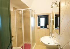 Tenuta Nicla - Locorotondo - Bathroom