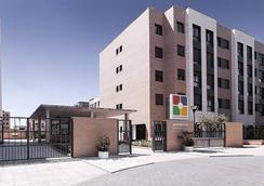 Compostela Suites Apartments - Madrid - Building