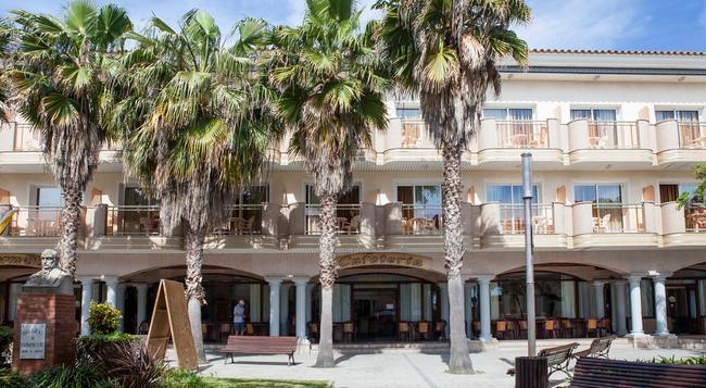 Hotel Ibersol Sorra d'Or - Malgrat de Mar - Building