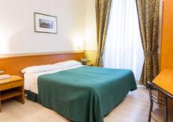 Capitol - Rome - Bedroom