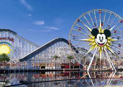 Anaheim Majestic Garden Hotel - Anaheim - Attractions