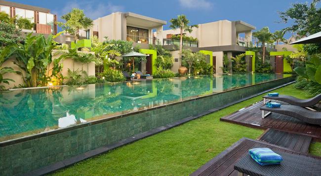Cicada Luxury Townhouses - Kuta (Bali) - Building