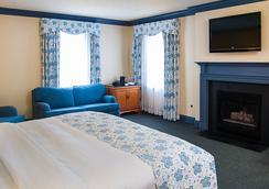 Founders Inn and Spa - Virginia Beach - Bedroom