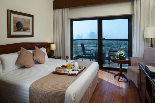 Majestic City Retreat Hotel - Dubai - Bedroom