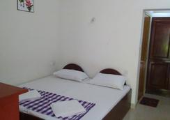 Karthika Plaza Resort - Varkala - Bedroom