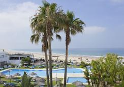 Conil Park Hotel - Conil de la Frontera - Beach