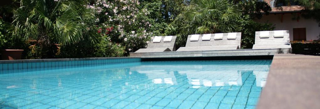 Hotel Arndt - Termeno - Pool