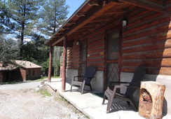 Apache Village Cabins - Ruidoso - Building