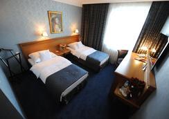 Hotel Wloski - Poznan - Bedroom