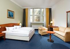 Wyndham Garden Berlin Mitte - Berlin - Bedroom