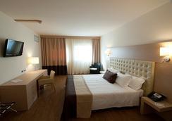 Hotel Parchi Del Garda - Lazise - Bedroom